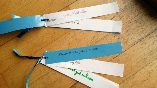 Sammlung von Komplimenten auf kleinen Zetteln, die am Zeugnis-Tag verteilt werden.