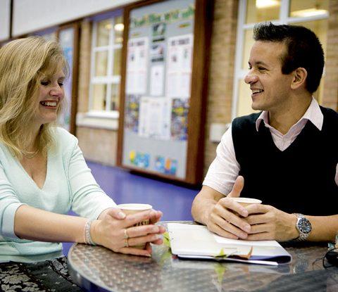 Zusammenarbeit von Lehrkräften – Gegen das Einzelkämpfertum